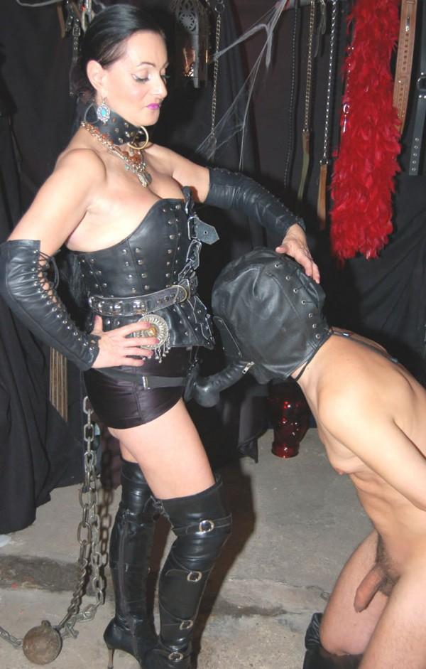 Mistresses worldwide Mistress information BDSM Fetish Guide