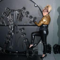 Leeds Mistress Linda  BDSM amp Discipline in Leeds